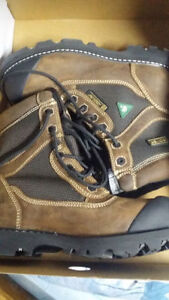 URGENT! new Size 12 Men's Royer Work Boot Hard Toe, Water Resis