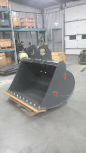 EXCAVATOR DITCHING BUCKET - CANADIAN BUILT - ALL SIZES