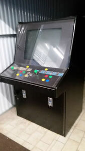 "Capcom VS SNK with a custom made arcade cabinet "" MINT """