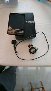 ***Perfect condition - Blackberry Passport - ACT NOW***