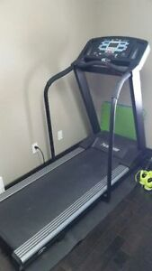 Electrical PaceMaster Treadmill Gold Elite $700 OBO