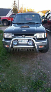 2001 Toyota 4Runner Black SUV, Crossover