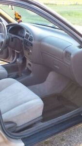 1996 Toyota Camry LE Sedan - Great Student/Commuter Car Regina Regina Area image 6