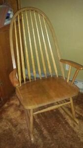 Antique Rocking Chair, LOW PRICE ONLY FOR TODAY!