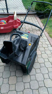 Yardworks 21-in 179cc Single-Stage Snowblower  To be Repaired