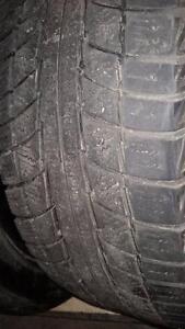 2 pneus d'hiver 205/55/16 Triangle Snow Lion