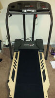 Treadmill, Healthrider S150, almost new, barely used
