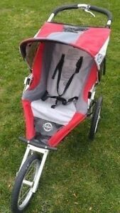 Running Room Chariot Jogging Stroller with hand brake