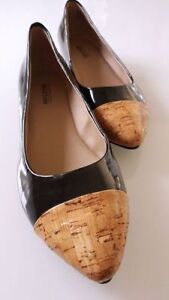 Brand new Kenneth Cole Reaction flats - 9 M