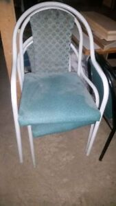 40+ green chairs avaliable