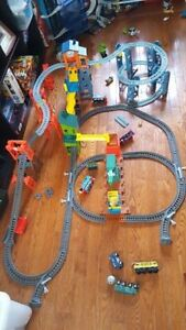Mad dash on sodor Thomas train set (over 120 pieces)