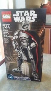 Lego Star Wars 'Buildable Figures' -Captain Phasma  Kitchener / Waterloo Kitchener Area image 1