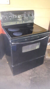 """Self Cleaning -FRIGIDAIRE 30"""" GLASS TOP STOVE / OVEN"""