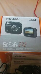 Papago GS272 GoSafe Full HD 1080p Dashcam with 2.4in LCD Screen Kitchener / Waterloo Kitchener Area image 3