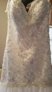 wedding gown BRAND NEW!