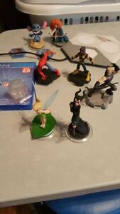 ps4 Disney infinity 2.0 starter and more.OR TRADE