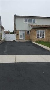 Semi Detached house for Lease in Brampton