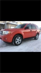 2009 FORD ESCAPE * LEATHER * SUNROOF * 2 WAY REMOTE START