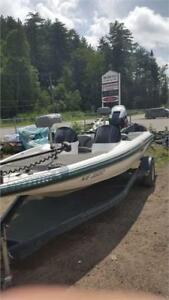 G3 BASS BOAT IN VERY GOOD CONDITION WITH A 150HP YAMAHA ENGINE