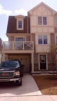 3 bedroom, one car garage, end unit townhouse for rent - Airdrie