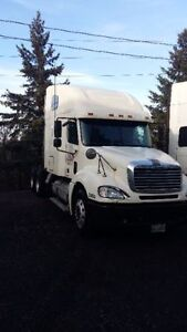2007 Freightliner For Sale by Owner Cambridge Kitchener Area image 4