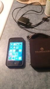 Iphone 4s 32 GB excellent condition