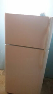 Kenmore White Refrigerator & Top Freezer Moving Sale