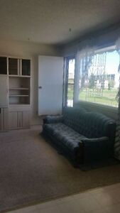 Leaving room for rent for only $330 (All utilities are included) Regina Regina Area image 4
