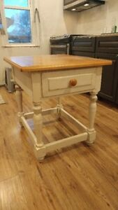 Solid Wood END TABLE / NIGHT STAND