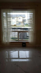 Nice Master bedroom in Downtown near Nait and McEwan University