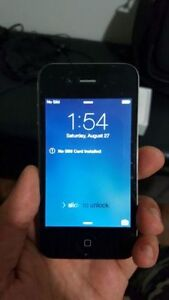 IPHONE 4 MINT CONDITION! UNLOCKED! WORKS GOOD!