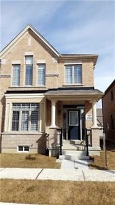 1/2 Yr New Freehold End Unit Townhouse 4 Bed / 3 Bath