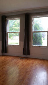 Room for male student or male young professional; Close to Trent Peterborough Peterborough Area image 4