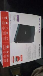 Netgear R6100 wireless router - Barely Used - Works Fantastic