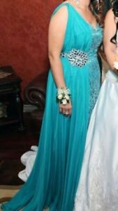 Beautiful Teal Evening Gown Windsor Region Ontario image 8