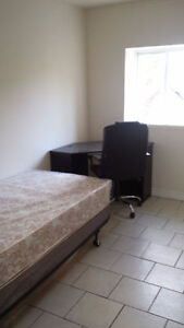 ​Student Rooms for Rent, Free Internet, Fantastic Location!