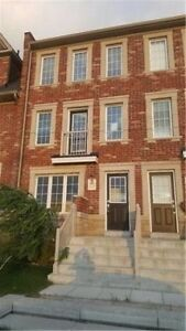 Town House For Lease