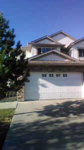One or two roommates or couple needed in south terwillegar