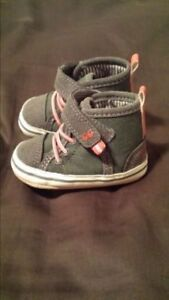 Brand new stride rite infant shoes size 3-6 months $8 paid $20