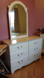 Wanted:Painted furniture manufactured in Canada by Ideal