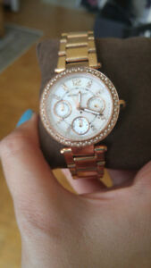 Imaculent Michael Kors Rose Gold Tone Watch