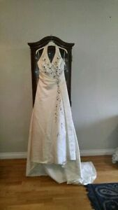 Blissful Bridal Gorgeous Gown size 10-12 (can be let out)