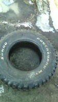 selling 4 33/12.5/16.5 mt tires