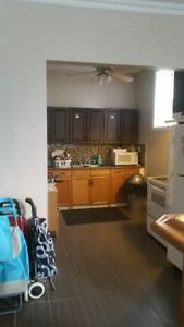 BEAUTIFUL STUDENT ROOMS AVAILABLE! Cambridge Kitchener Area image 4