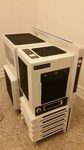 Thermaltake Level 10 GT Plastic ATX Full Tower Computer Case