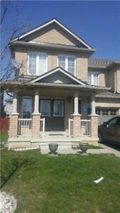 Beautiful End Unit 3 Bedroom Townhouse Like A Semi. Must See!