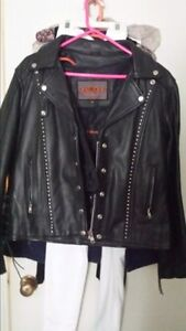 LADY'S LEATHER JACKET new condition