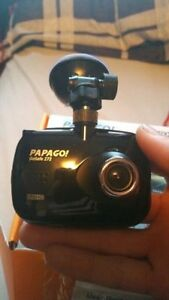 Papago GS272 GoSafe Full HD 1080p Dashcam with 2.4in LCD Screen Kitchener / Waterloo Kitchener Area image 1