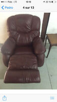 Fauteuil Lazboy 1 place cuir inclinables 50 $