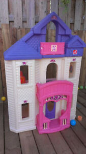 Barbie doll house - almost 3ft high!